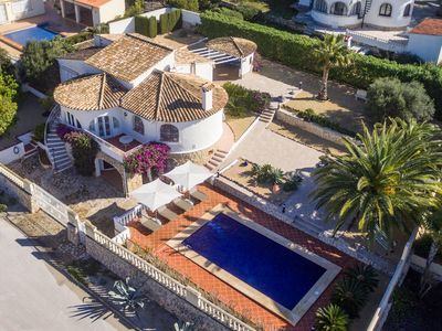 Photo for Gorgeous villa with private pool and near golf course and beach