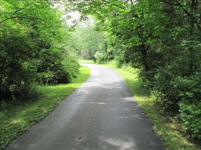 Long, paved driveway - House set far back off the road - Total privacy!