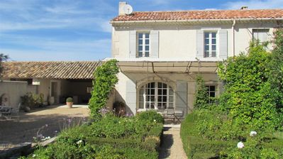 Photo for 3BR Villa Vacation Rental in Saint Remy de Provence