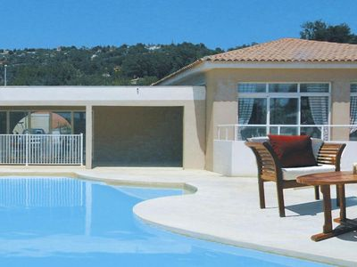 Photo for Residence Les Bastides des Chaumettes, Montauroux  in Var - 10 persons, 3 bedrooms
