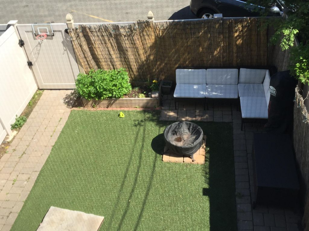minutes to nyc sleeps 10 rooftop tub backyard private