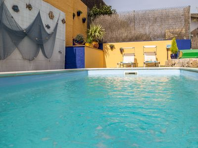 Photo for Family friendly villa with pool, large sunny terraces, dogs welcome