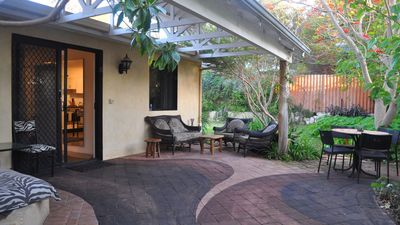 Photo for Freostays' Kottaj- fully self-contained, shady, central and quiet.