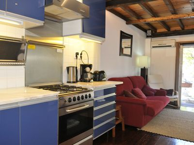Photo for Campo dos Mártires apartment in Pena with WiFi & integrated air conditioning (hot / cold).