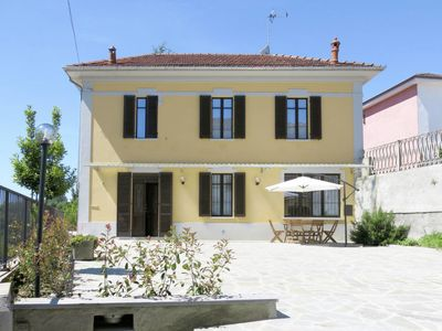Photo for Vacation home Ferienhaus (AST246) in Asti - 6 persons, 3 bedrooms