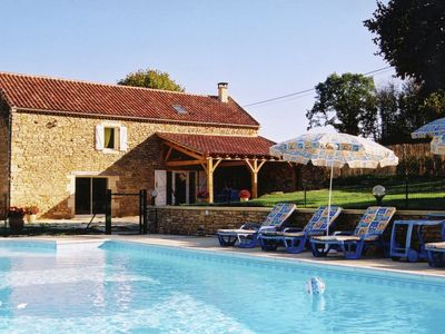 Photo for Beautiful Holiday Home with Pool in Saint-Pompont