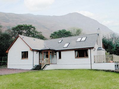 Photo for 4 bedroom property in Glencoe. Pet friendly.