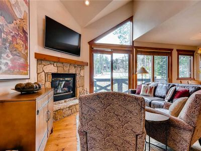 Photo for Spacious ski-in/ski-out townhome with private hot tub