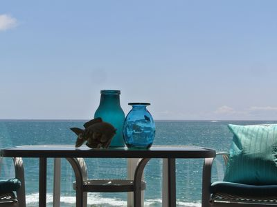 Luxury Beachfront Rental, SANDY BEACH, New Fresh Decor,BBQ, VIEW