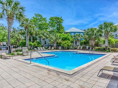 Photo for Walk to Beach- 2 Bikes- 2 Pools☀Inspected & Disinfected☀4BR Chihuahua Flats