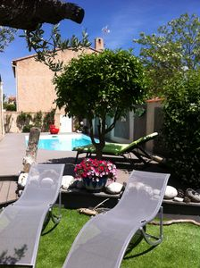 Photo for House + pool very quiet area center 5mns walk, beach 5mns by car