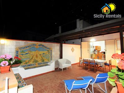 Photo for Holiday house on the beach of Canneto, Lipari