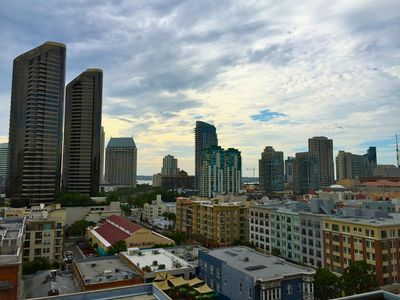Penthouse condo with Amazing Views in the Heart of the Gaslamp