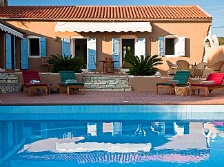 Photo for Villa with Private Pool, Jacuzzi jets, waterfall, gazebo and barbeque Sea Views