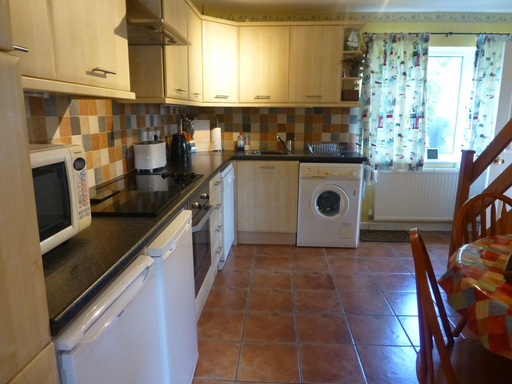 Relaxing  Families  Dogs  Rural  Central to all beaches/attractions  3  Bedrooms  - Milford Haven
