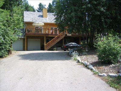 Photo for 5BR Retreat, Views, Pool Table, 2 Decks, 4 Bath, Cathedral Ceilings, Dble garage