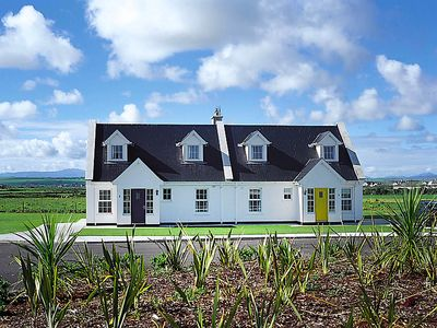 Photo for Vacation home Ballybunion in Ballybunion - 6 persons, 3 bedrooms