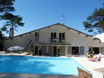 Photo for POOL HOUSE WITH DOMINANT THE LAKE