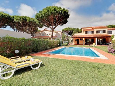 Photo for Vilamoura 4 bedroom villa, private garden with barbecue and pool