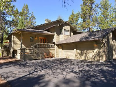 Photo for 10 Fir Cone Lane: 4 BR / 3 BA home in Sunriver, Sleeps 10