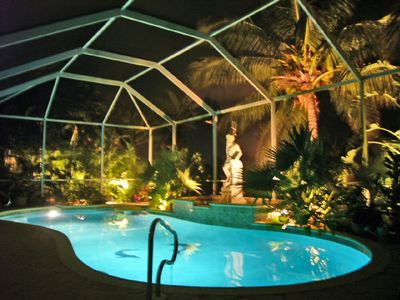 Photo for Chemical-free pool-large whirlpool-west location-8 min to river-Hummer H2-W-lan