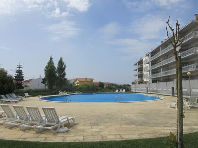 Photo for HH T2 4º Esq - Modern apartment T2 - 4PAX with pool and 200 meters from the beach