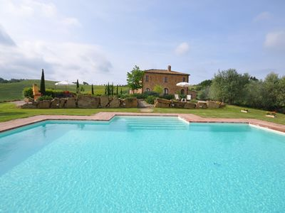 Photo for Private Villa with A/C, WIFI, private pool, TV, panoramic view, parking, close to Montepulciano