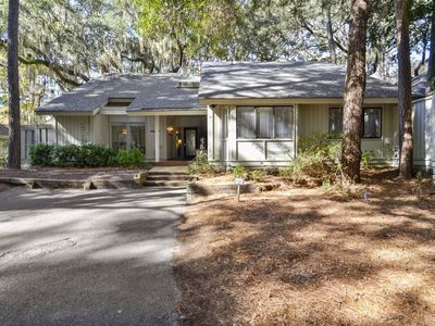 Photo for This 5 bedroom, 3 bathroom Sea Pines home is the perfect home away from home retreat for your next H
