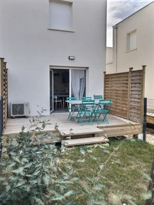 Photo for Very nice villa for 4 to 6 people in a secure residence with heated pool. V09