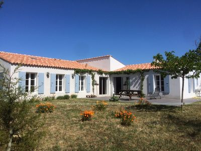 Photo for 4BR House Vacation Rental in Ile d'Aix, Nouvelle-Aquitaine