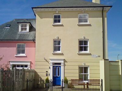 Photo for 2 bedroom property in Newquay. Pet friendly.