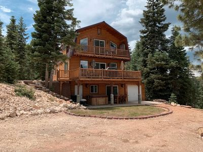 Photo for Three level cabin with views - 3 bedroom / 2.5 bathrooms - Great Views - Family Friendly Amenities -