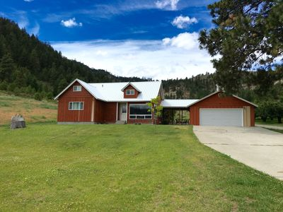 Photo for Serene Mountain Getaway with Hot Tub near Mission Ridge Perfect for Families