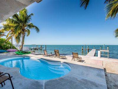 Photo for Tropical Sunset 4bed/3bath open water views with private pool, hot tub & dockage