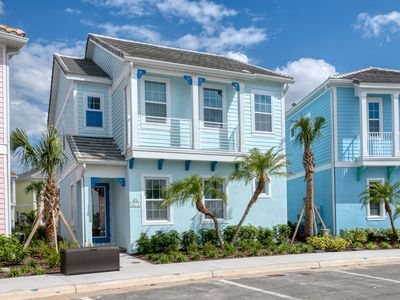 Photo for Seabreeze Cottage! NEW to VROB/HA! Hotel Amenities+Daily Clean+ near Disney