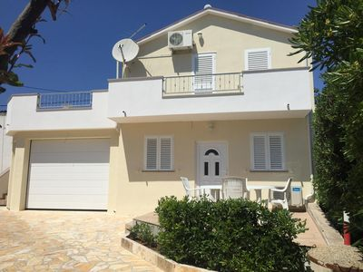 Photo for Apartment in Novalja (Pag), capacity 4+0