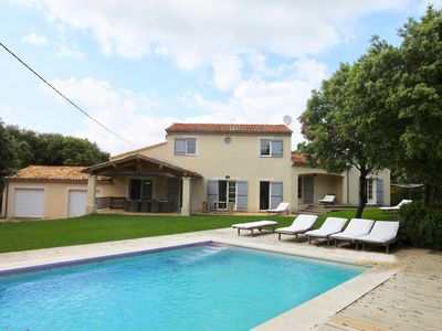 Photo for La Briocha - A luxuriosly furnished holiday home in Bonnieux, the heart of the Lubéron.