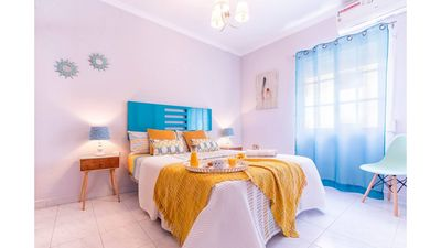 Photo for City Center 3 Bedrooms Flat. Central apartment 3 bedrooms