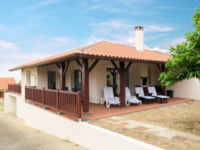 Photo for Vacation home Le Courlis  in Contis, Aquitaine - 8 persons, 4 bedrooms