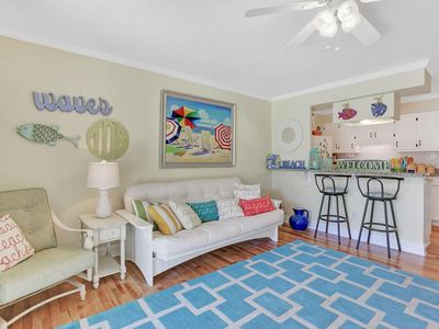 "Photo for ""TO DA BEACH!"" Spectacular condo - Water views & steps to the beach and pier!"