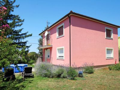 Photo for Apartment Bozac (PUL480) in Pula - 6 persons, 3 bedrooms