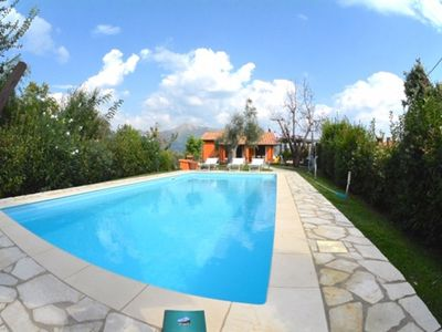 Photo for Villa with swimming pool a few minutes far from Versilia beaches.