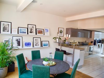 Photo for Spacious 3 Bedrooms with Beautiful Roof Terrace