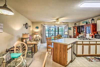 Enjoy all the comforts of home in this Little River condo!