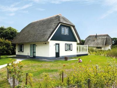 Photo for Holiday resort Roompot Boomhiemke, Hollum  in Friesland - 4 persons, 2 bedrooms