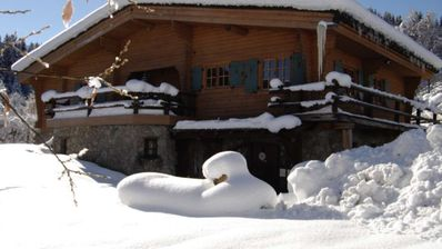 Photo for Comfortable and cozy cottage with Megeve slopes feet