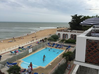 Photo for Superb T3 duplex overlooking the ocean in a residence with heated pool