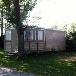 Photo for Camping La Pointe du Talud *** - Celtic Eco Cabin 3 rooms 5 persons Without Bathroom