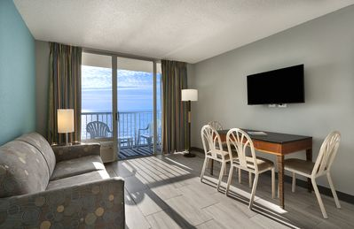Photo for Beautiful Oceanfront Suite w/ Balcony + Official On-Site Rental Privileges