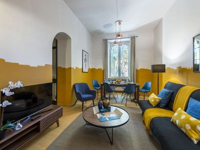 Photo for Trastevere - Three Bedroom Apartment, Sleeps 6